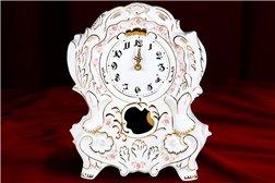 Часы Каминные 1 штука Соната Мелкие Цветы Золото Чехия